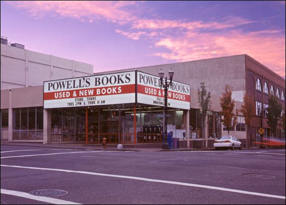 The Main Entrance to Powells