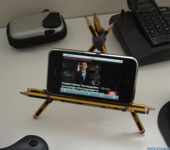 pencil-iphone-stand1