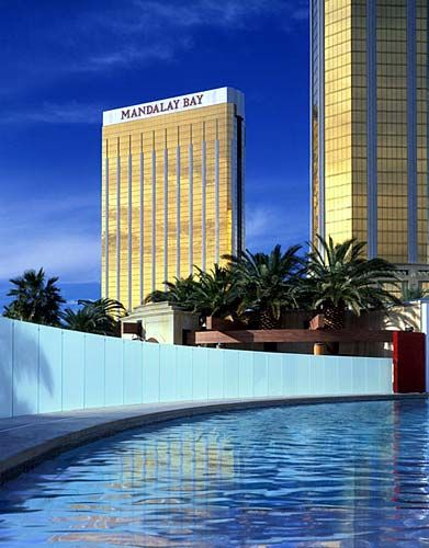 Mandalay Bay 2 Bedroom Suite: 2nd Annual FIRE WIRE Road Trip