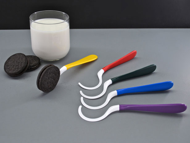 The Dipr – The Ultimate Cookie Spoon |