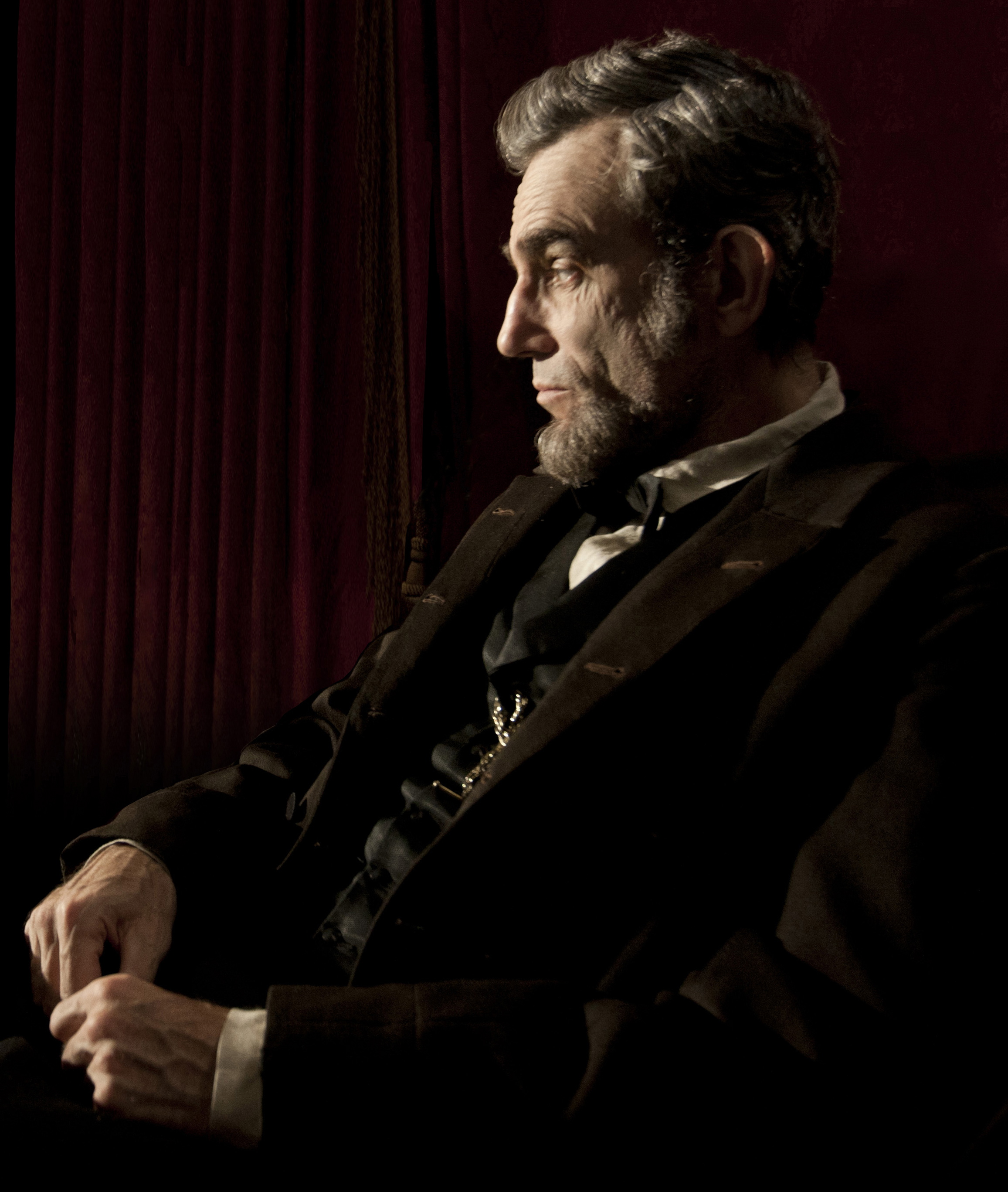 lincoln by steven spielberg unite trailer Watch lincoln movie trailers, exclusive videos, interviews from the cast, movie   steven spielberg has talked for years about doing a film on abraham lincoln, but   lincoln pursues a course of action designed to end the war, unite the country.