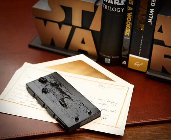 ef2c_han_solo_in_carbonite_business_card_holder_desk