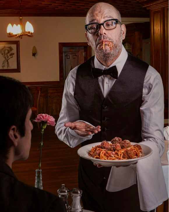 DAVID_CROSS_WAITER