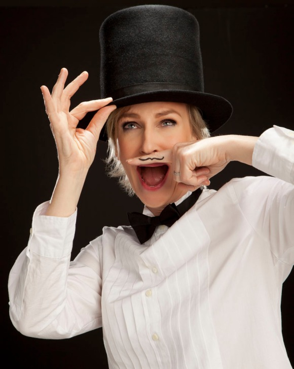 JANE_LYNCH_TOPHAT