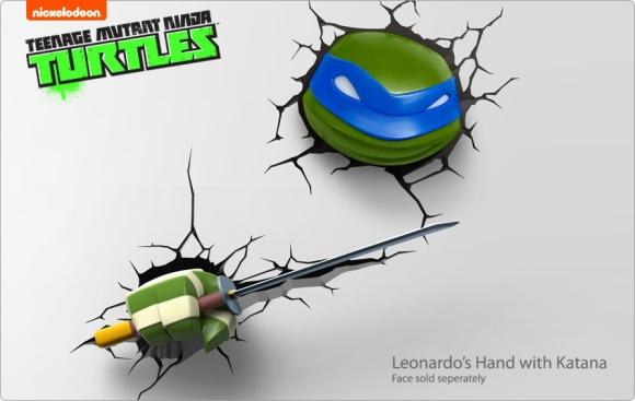 Leonardo's hand with Katana