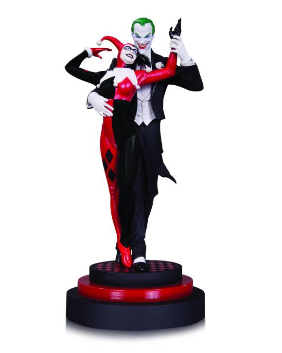 JOKER-AND-HARLEY-QUINN-STATUE