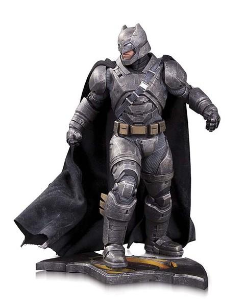 BMvSM_DoJ_Armored_Batman_Statue_55ce79cd6f8976.99229758