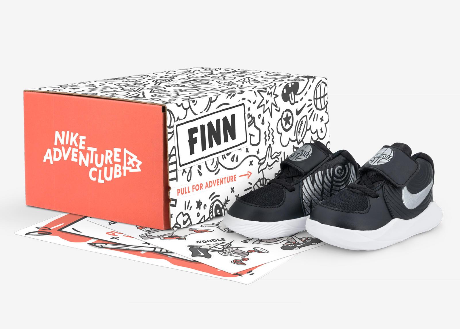 Sneakers |
